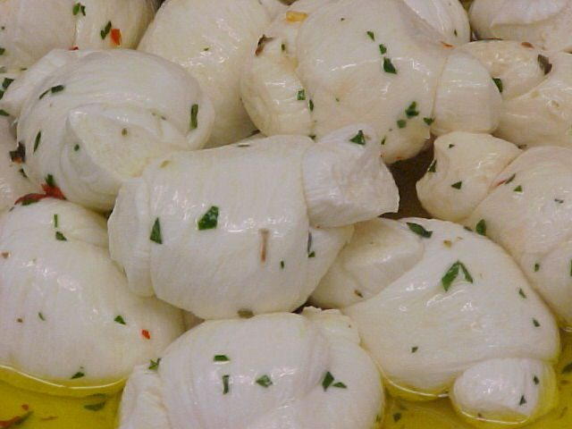 Marinated Mozzarella knots